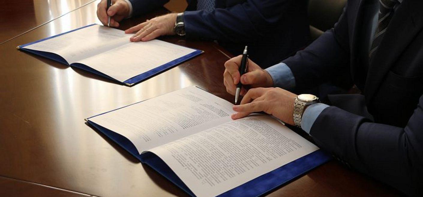 Картинки подписания договоров